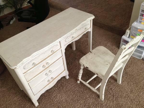 Desk plus chair shabby chic kids size adorable good for Furniture wenatchee
