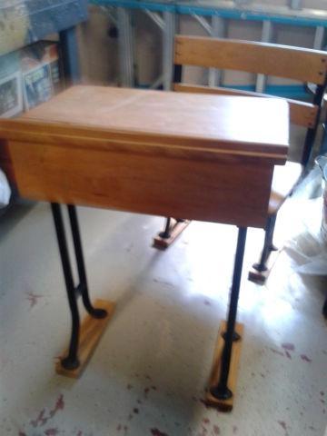 Desk Vintage Child S School Desk For Sale In Chicago