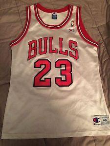 New & Used Jordan bulls jersey for sale | 21 ads in US | Lowest Prices
