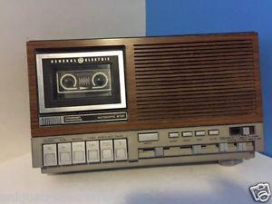 Details about VINTAGE GENERAL ELECTRIC CASSETTE CLOCK RADIO 7-4975C WOOD GRAIN MICROPHONE UL