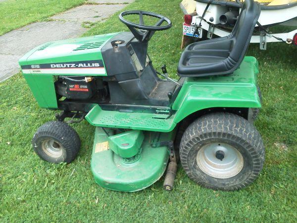 Deutz Allis Lawn Tractor 450 Plymouth