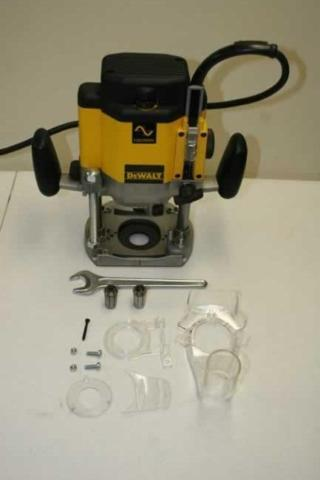 Dewalt dw625 plunge router like new micro fence edge guide dewalt dw625 plunge router like new micro fence keyboard keysfo Image collections