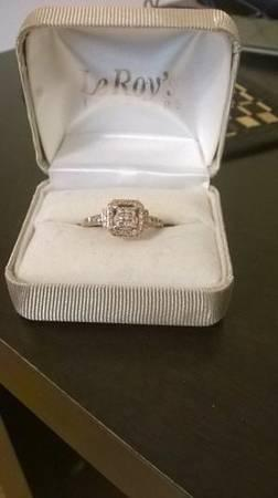 Diamond Ring 3/8 ct TW Round Cut 10 K Rose Gold - $675