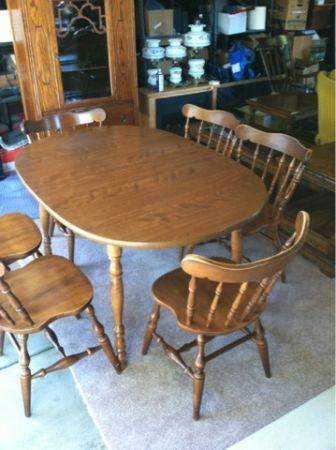 Dining kitchen table w 6 chairs 2 leafs dover for sale for Table 6 ohio