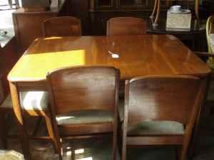Dining Room Table 6 Chairs And Matching Buffet Dubuque