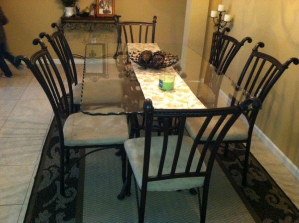 Dining Room Table And 6 Chairs With Free Delivery