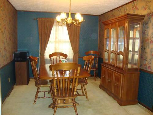 Stupendous Dining Room Table Chairs Buffet Hutch For Sale In Caraccident5 Cool Chair Designs And Ideas Caraccident5Info