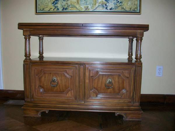 Dining Server Expandable by Thomasville for Sale in San