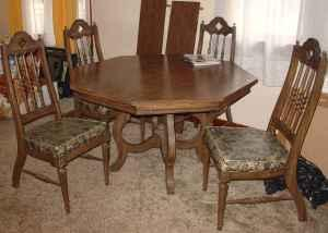 Dining table, 4 chairs, 2 leaves - $70 Buffalo