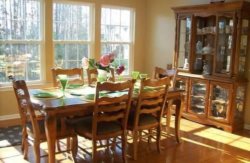 Dining Table Set Includes 2 Piece Hutch Table Amp 6 Chairs