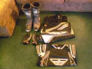 Dirtbike riding gear - $175 (Dover, OH)