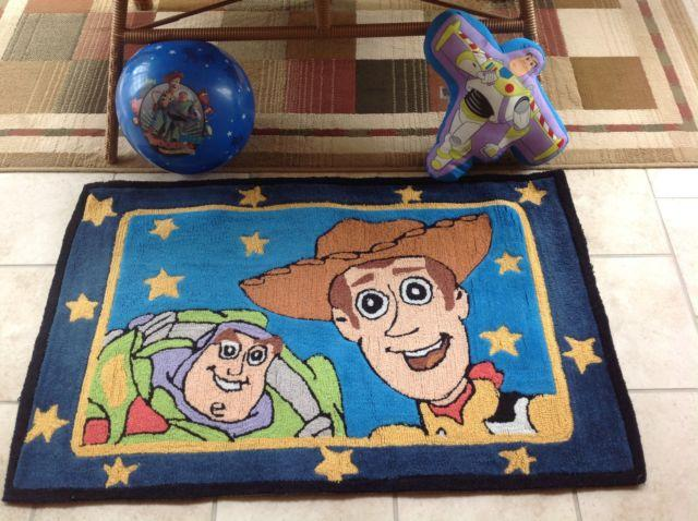 Disney Toy Story Area Rug, Buzz Lightyear Throw Pillow and Ball for Sale in Homer Glen, Illinois ...