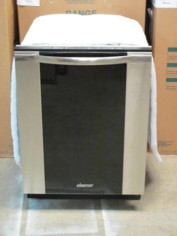 Display Dacor Dishwasher MDV24  Johnson Furniture And
