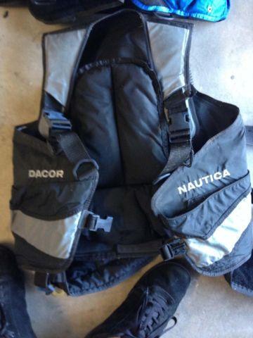 Dive Gear Computer, BC, Weight Belt, FlashLights, Gloves