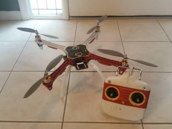 drone avec camera hd écran et retour auto wltoys