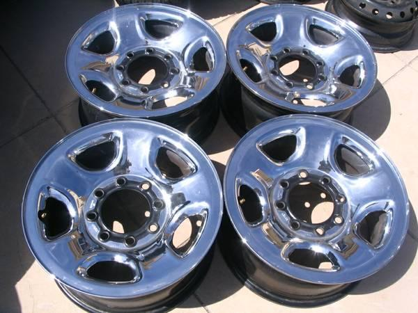 Dodge 17 And 18 Inch Ram 2500 Wheels OEM 8 Lug - for Sale in ...