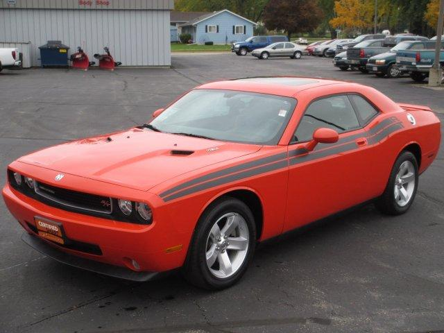 dodge challenger r t 2dr coupe 2009 for sale in waupun wisconsin classified. Black Bedroom Furniture Sets. Home Design Ideas
