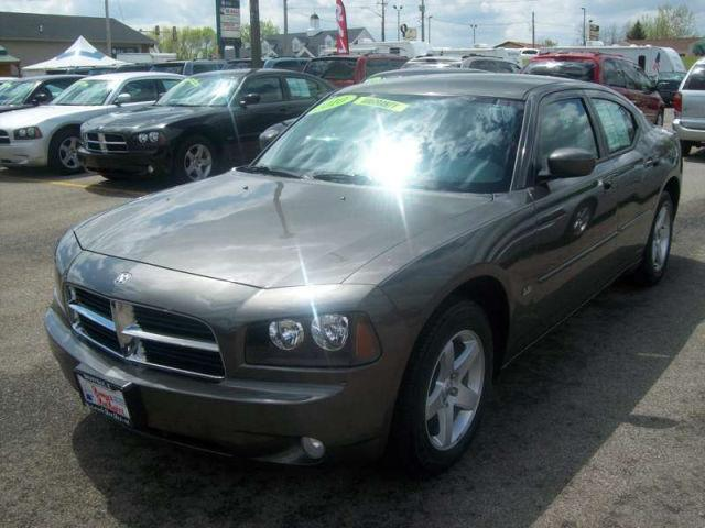 dodge charger sxt 2010 2010 dodge charger sxt car for sale in danville il 4421205442 used. Black Bedroom Furniture Sets. Home Design Ideas
