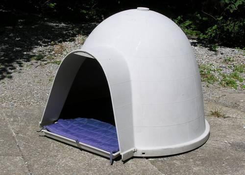 DOGLOO XT Dog House with Base and Pad - Size XLarge ~ & DOGLOO XT Dog House with Base and Pad - Size XLarge ~ Nearly New for ...