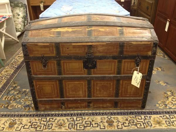 Dome Top Steamer Trunk For Sale In Greenwich Pennsylvania Classified