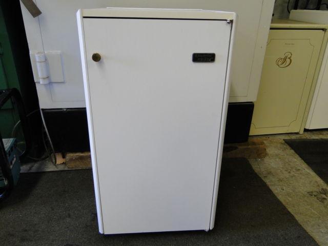Compact Fridge For Dorm: Dometic Compact Mini Bar Fridge Refrigerator Guestroom