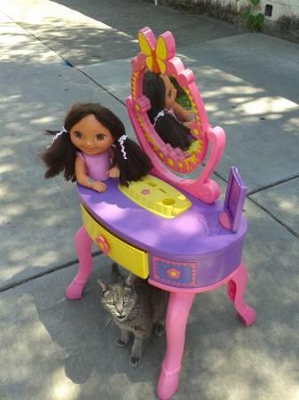 Dora S Talking Vanity Set For Sale In Sacramento