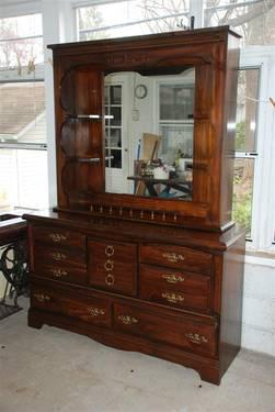 Double Dark Pine Dresser With Mirror Hutch Solid Wood