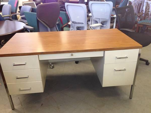 Double Pedestal Metal Desk By Steelcase Office Furniture W Lock Key For Sale In Cleveland