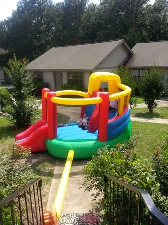 Double Slide Bounce House for rent - $60