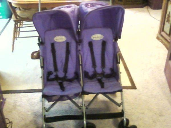 Double stroller Maclaren Rally Twin Stroller - $150 fremont