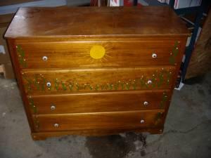 dresser janesville for Sale in Janesville Wisconsin