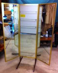 Dressing Room Mirror - 3 Panel - (Parma) for Sale in Cleveland, Ohio ...