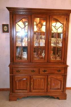 Drexel Heritage China Cabinet Classifieds   Buy U0026 Sell Drexel Heritage  China Cabinet Across The USA   AmericanListed