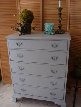Drexel Quality Chest of Drawers Painted French Gray .