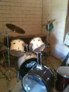 DRUM SET - $300 (WALNUT RIDGE/HOXIE)