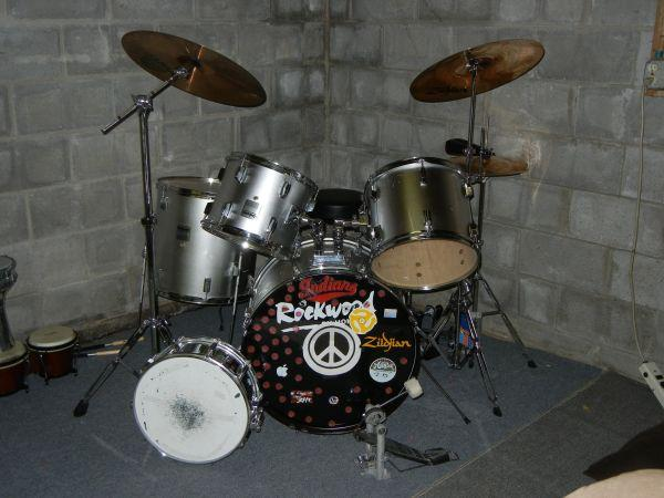 Drum Set - (Shortsville, NY) for Sale in Rochester, New ...