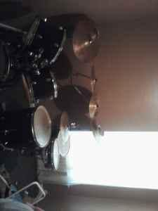 drum set fully loaded yamaha - $700 (walls ms)
