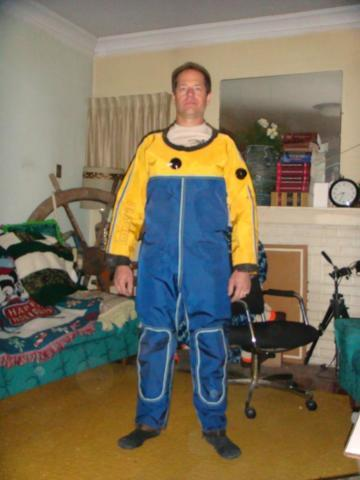 DRY DIVING SUIT / COMMERCIAL QUALITY / 6 ft