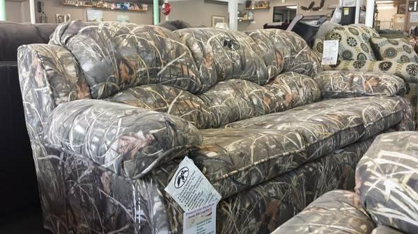 duck commander licensed real tree max 4 camo sofa only a