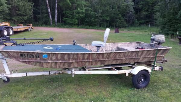 Duck fishing jon boat 18 foot 2012 boat for Used fishing boats for sale in wisconsin