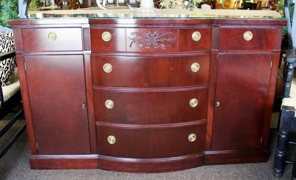 Duncan Phyfe Style Large Sideboard Buffet For Sale In