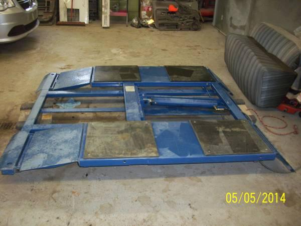Eagle Car Lift For Any Garage For Sale In L Anse Michigan