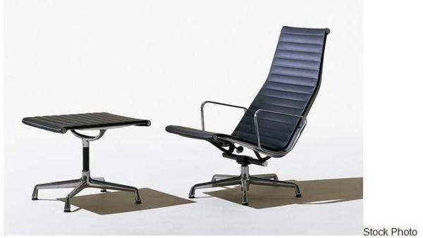 Eames Lounge Chair by Herman Miller for Sale in Menlo Park California Clas