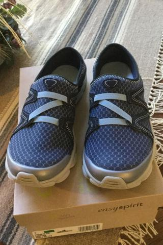Easy Spirit Shoes with Comfort Stretch Uppers