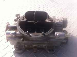 EDELBROCK 650 CARB. USED IN GOOD SHAPE - $100 (CEN-CAL)