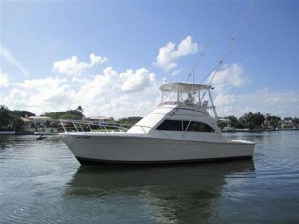 Egg Harbor Convertible - BRAND NEW ENGINES Egg Harbor Convertible - BRAND  NEW ENGINES