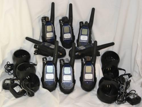 EIGHT 2 WAY Radios Motorola GL 049583