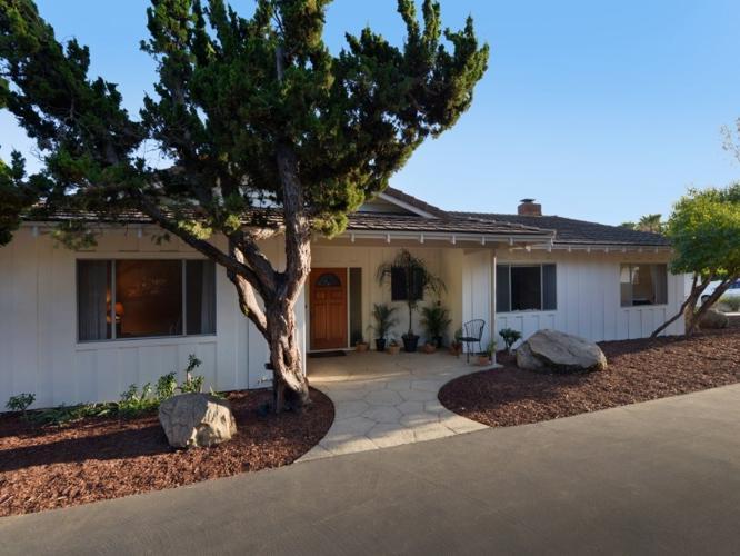 El Cielito Mid Century Ranch Home For Sale In Santa