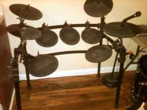 electric drum set model sd9k clarksville tn for sale in clarksville tennessee classified. Black Bedroom Furniture Sets. Home Design Ideas
