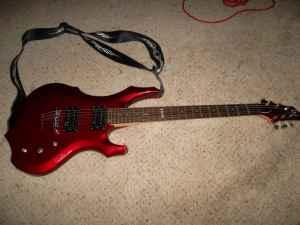 electric guitar esp ltd f50 viper amp chord case medford or for sale in medford oregon. Black Bedroom Furniture Sets. Home Design Ideas